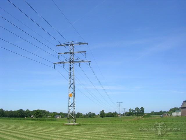 Kleine 50 kV-mast bij Barneveld