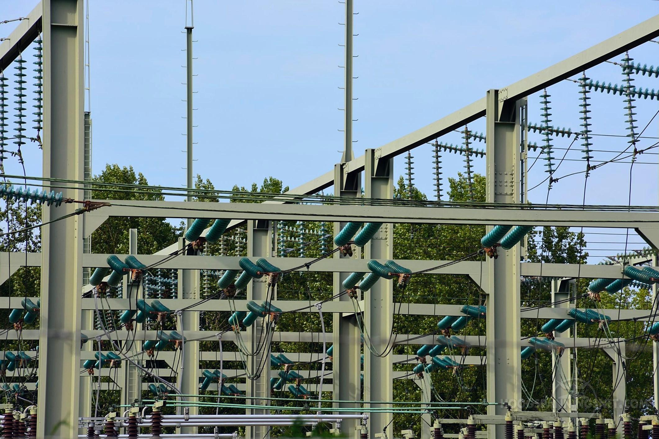 Hangende rails op Tilburg