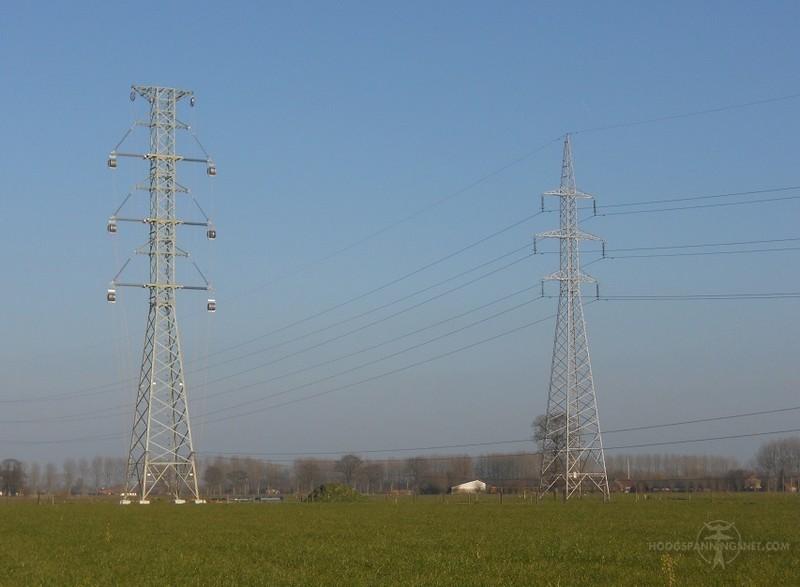 Nieuwe 380 kV-mast naast een oudere 150 kV-mast