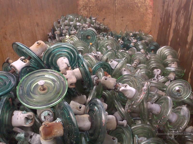 Oude glaskap-isolators. En nu?