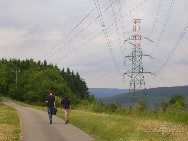 Wandelen onder hoogspanning in het Belgische Coo
