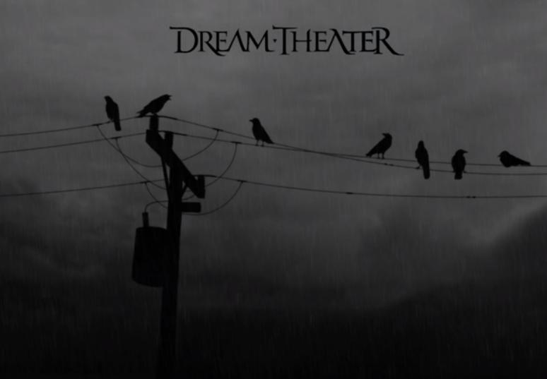 Dream Theater gebruikt een lijn met houten palen voor duistere sfeer