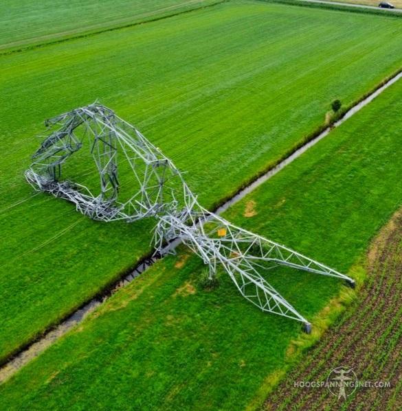 Omgeblazen deltamast, dronefoto via PJK